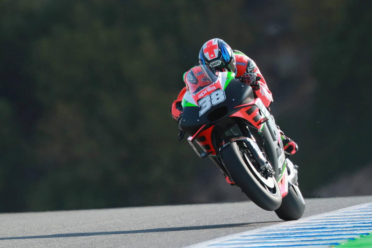 Smith back for Aprilia in Barcelona