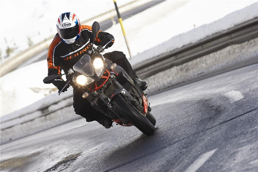 Winter motorcycling tips