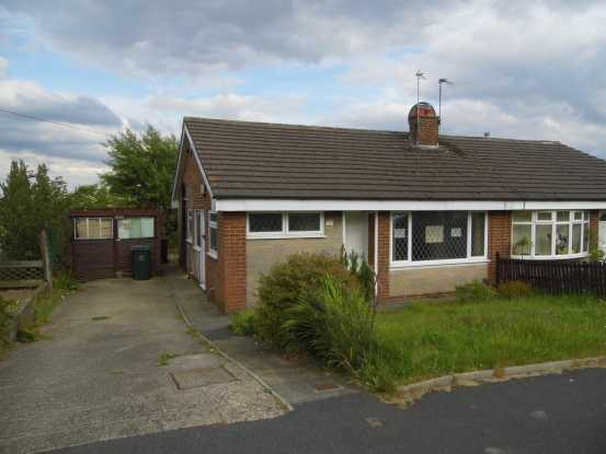 2 Bedrooms Semi Detached Bungalow for sale in Manor Park, Bradford, West Yorkshire, BD8 0LY