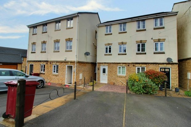 3 Bedrooms Town House for sale in Apex Close, Burnley, Lancashire, BB11 5NG
