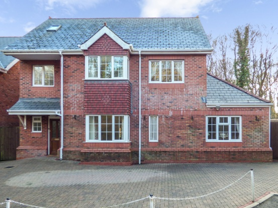 7 Bedrooms Detached House for sale in Ochr-Y-Coed, Cardiff, Glamorgan, CF14 9GB