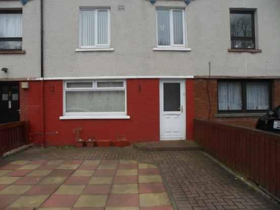 3 Bedrooms Maisonette Flat for sale in Strowan Road, Grangemouth, Stirlingshire, FK3 9HD