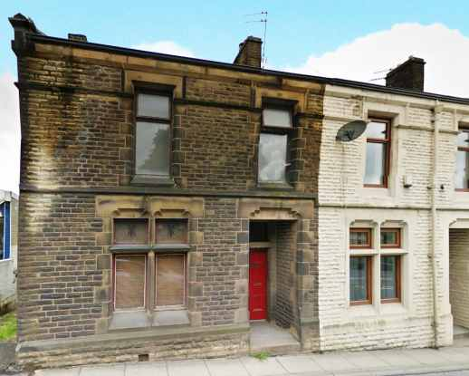 3 Bedrooms Property for sale in Whalley Road, Accrington, Lancashire, BB5 5HD