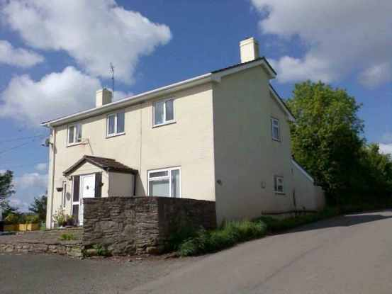 4 Bedrooms Equestrian Facility Character Property for sale in Old Monmouth Road, Abergavenny, Monmouthshire, NP7 8BS