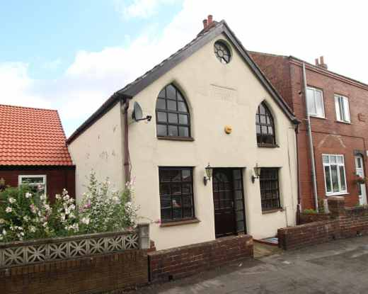 3 Bedrooms Terraced House for sale in Front Street North, Trimdon Station, Durham, TS29 6PG