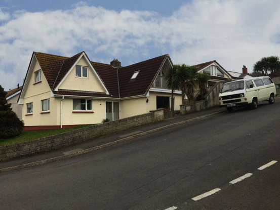 10 Bedrooms Bungalow for sale in Dracaena Crescent, Hayle, Cornwall, TR27 4EN