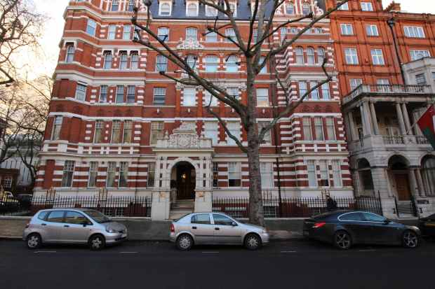 2 Bedrooms Apartment Flat for sale in Queens Gate, Kensington, Greater London, SW7 5HE