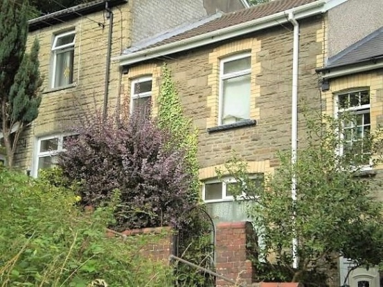 3 Bedrooms Terraced House for sale in George Street, Newport, Gwent, NP11 7QG