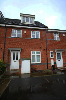 3 Bedrooms Town House for sale in Oakwood Grove, Radcliffe, Greater Manchester, M26 2YL