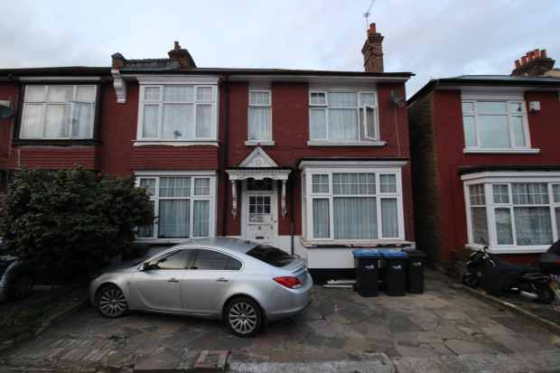 6 Bedrooms Semi Detached House for sale in Sidney Avenue, London, Greater London, N13 4UY