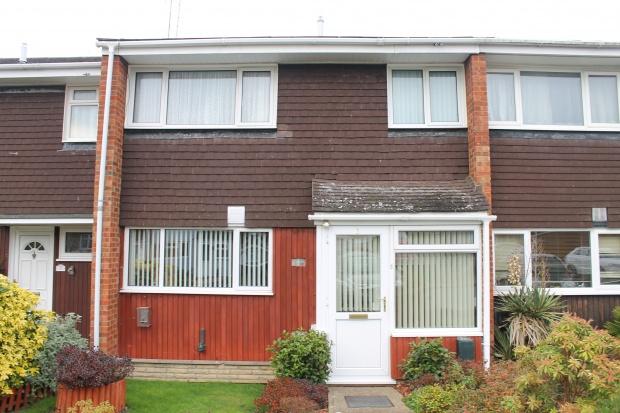 3 Bedrooms Terraced House for sale in Hawkins Way, Wokigham, Berkshire, RG40 1UW