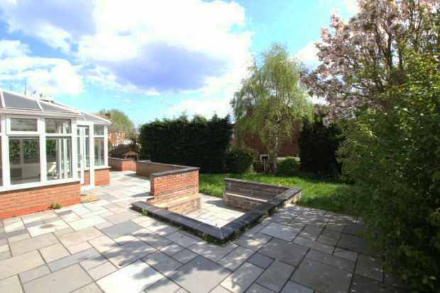 4 Bedrooms Detached House for sale in The Chancery, Nottingham, Nottinghamshire, NG9 3AJ