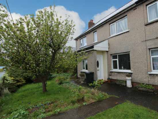 3 Bedrooms Semi Detached House for sale in East View, Flintshire, CH7 6RG