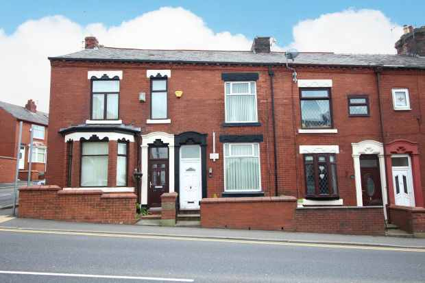 2 Bedrooms Terraced House for sale in Ripponden Road, Oldham, Greater Manchester, OL4 2NU
