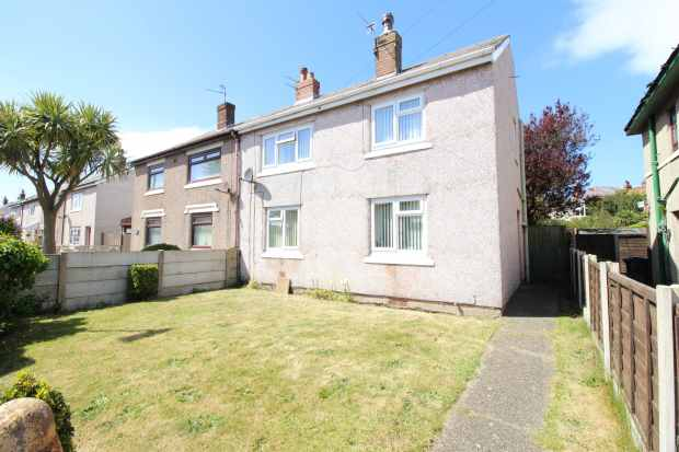 3 Bedrooms Semi Detached House for sale in Macbeth Road, Fleetwood, Lancashire, FY7 7HR