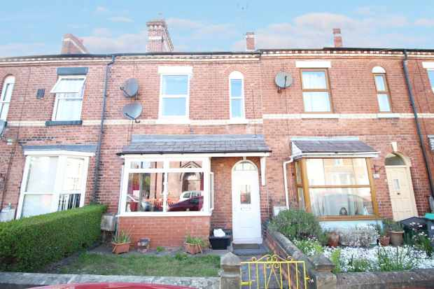 3 Bedrooms Terraced House for sale in Talbot Road, Wrexham, Clwyd, LL13 7DY
