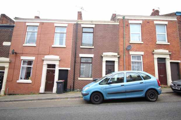 2 Bedrooms Terraced House for sale in Brieryfield Road, Preston, Lancashire, PR1 8SR