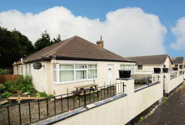 3 Bedrooms Semi Detached Bungalow for sale in Clwyd Park, Rhyl, Clwyd, LL18 5EJ