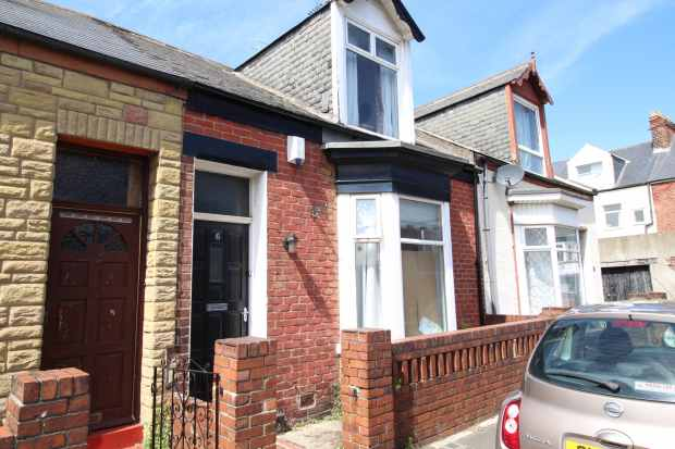 3 Bedrooms Terraced House for sale in Thelma Street, Sunderland, Tyne And Wear, SR4 7HA