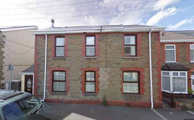5 Bedrooms Detached House for sale in High Street, Neath, Neath Port Talbot, SA11 5TA