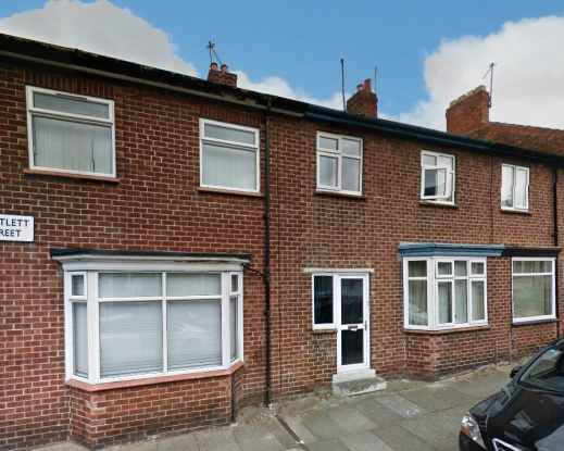 3 Bedrooms Terraced House for sale in Bartlett Street, Darlington, Durham, DL3 6NQ