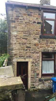 2 Bedrooms Property for sale in Gaghills Terrace, Rossendale, Lancashire, BB4 9BA