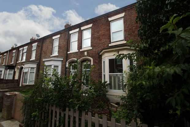 3 Bedrooms Terraced House for sale in Rosslyn Terrace, Sunderland, Tyne And Wear, SR4 7DJ