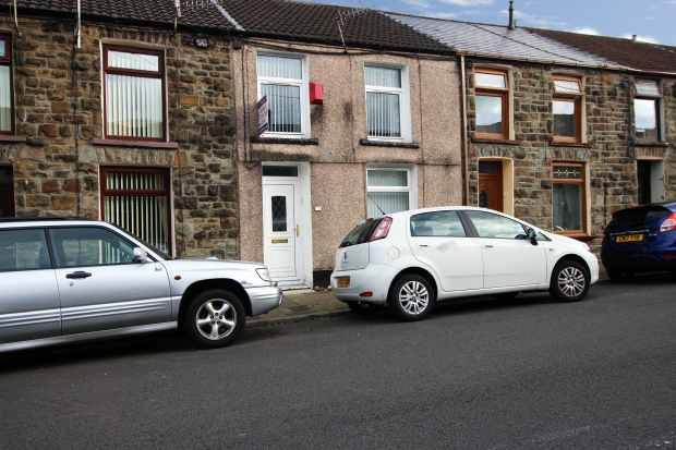 2 Bedrooms Terraced House for sale in Parry Street, Pentre, Rhondda Cynon Taff, CF41 7AQ