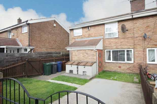 3 Bedrooms Terraced House for sale in St.Barbaras Road, Barnsley, South Yorkshire, S73 9QQ