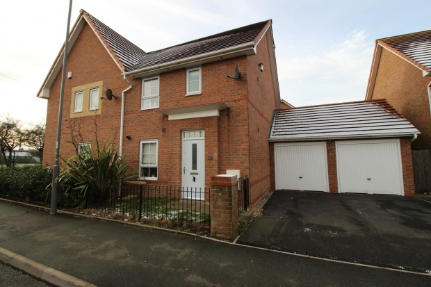 3 Bedrooms Semi Detached House for sale in Queens Road, Liverpool, Merseyside, L6 2BF