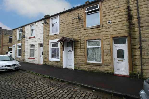 2 Bedrooms Terraced House for sale in May Street, Nelson, Lancashire, BB9 8NZ
