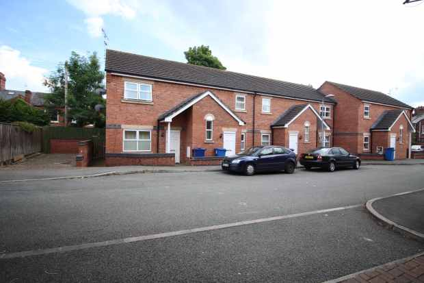 2 Bedrooms Apartment Flat for sale in Erddig Court, Wrexham, Clwyd, LL13 7DJ