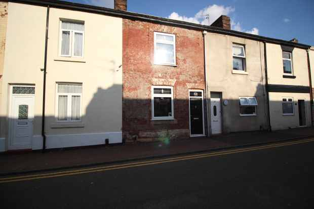 2 Bedrooms Terraced House for sale in Mersey Road, Widnes, Cheshire, WA8 0DS