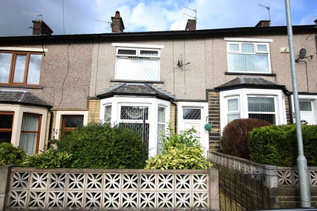 2 Bedrooms Terraced House for sale in St. Pauls Road, Nelson, Lancashire, BB9 0QX
