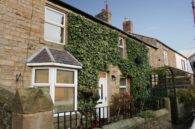 3 Bedrooms Terraced House for sale in Front Street, Consett, Durham, DH8 9AR