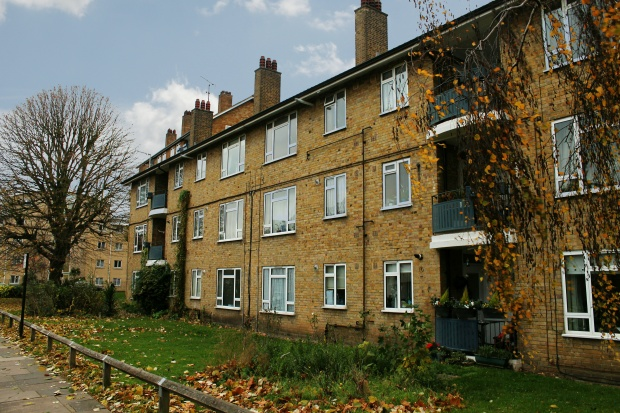 1 Bedroom Ground Flat for sale in Oldfield House, West London, Greater London, W4 2AP