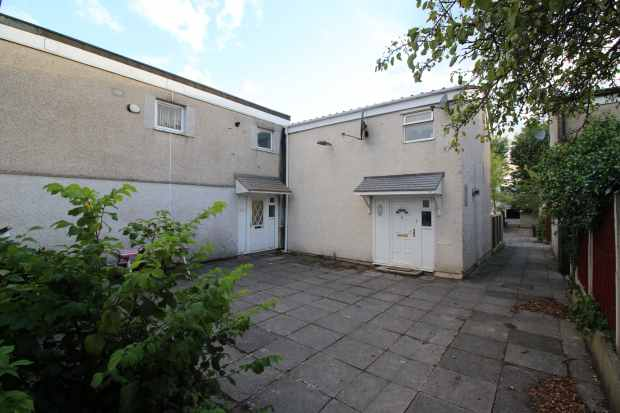 3 Bedrooms Terraced House for sale in Enstone, Skelmersdale, Lancashire, WN8 6AW