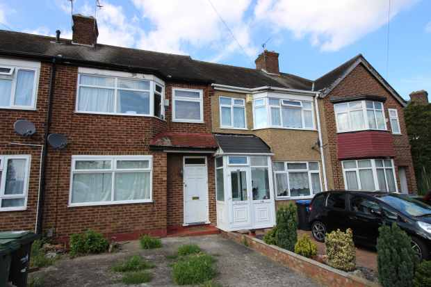 3 Bedrooms Terraced House for sale in The Ride, Enfield, Greater London, EN3 7DZ
