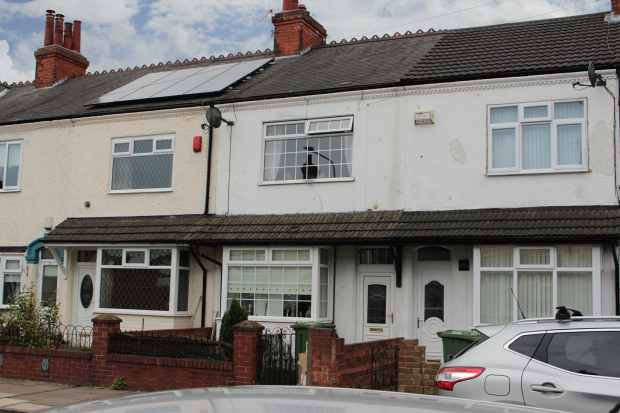 3 Bedrooms Terraced House for sale in Brenton Avenue, Grimsby, South Humberside, DN32 0HN