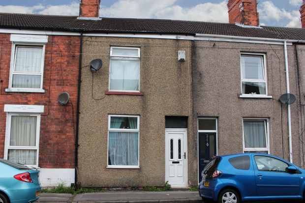 3 Bedrooms Terraced House for sale in Weslby Street, Grimsby, South Humberside, DN32 7PF