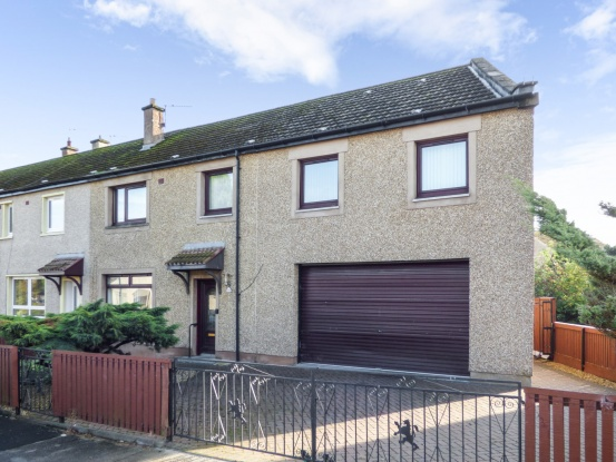 4 Bedrooms Property for sale in Falcon Road, Leven, Fife, KY8 1EN