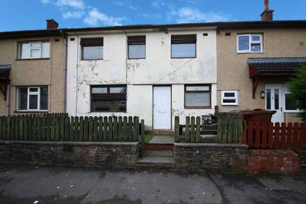 3 Bedrooms Terraced House for sale in Somerset Walk, Rossendale, Lancashire, BB4 4EP