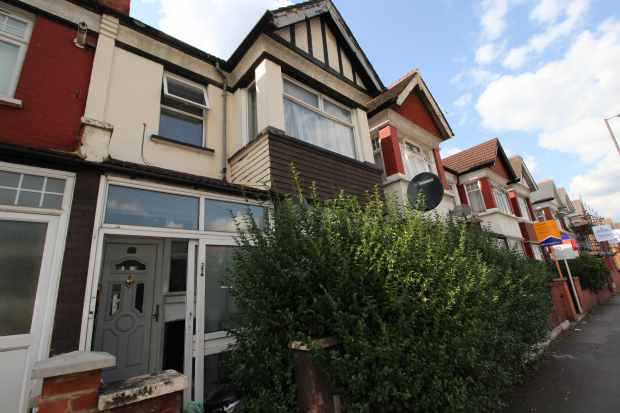 5 Bedrooms Terraced House for sale in Durnsford Road, Wimbledon, London The Metropolis[8], SW19 8DT