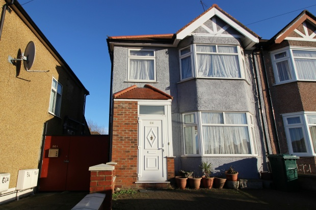 3 Bedrooms Semi Detached House for sale in Deans Lane, Edgware, Middlesex, HA8 9NP