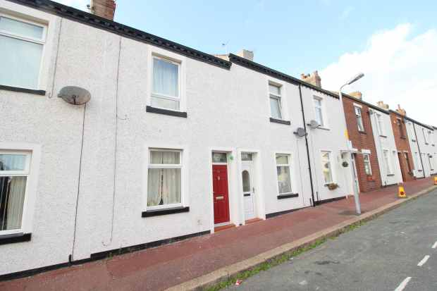 2 Bedrooms Terraced House for sale in Whitehead Street, Barrow-In-Furness, Cumbria, LA14 1AH