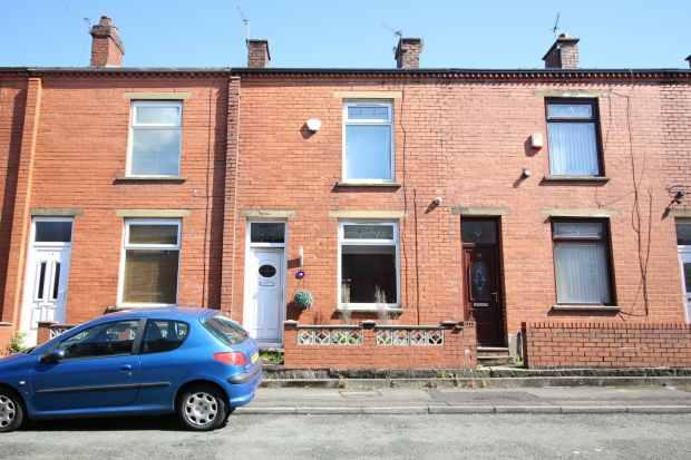 2 Bedrooms Terraced House for sale in Crossley Street, Oldham, Lancashire, OL2 6AL