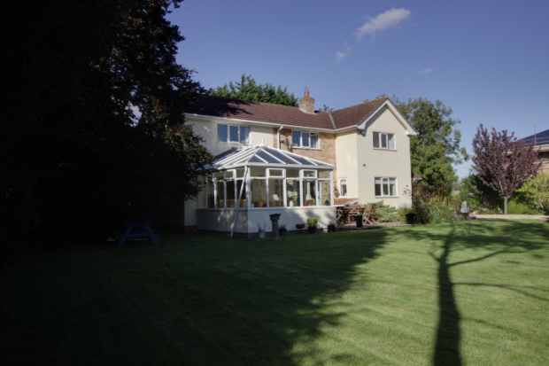 4 Bedrooms Detached House for sale in Gunby Road, Orby, Parts Of Lindsey, PE23 5SW
