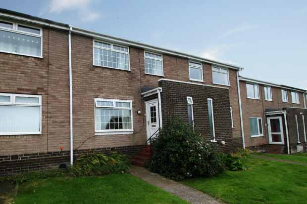 3 Bedrooms Terraced House for sale in Ottercops, Prudhoe, Northumberland, NE42 6LQ