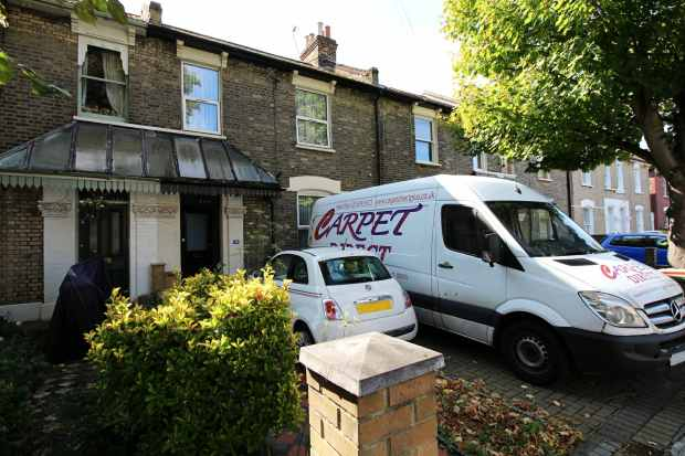 4 Bedrooms Terraced House for sale in Osborne Road, London, Greater London, E7 0PH