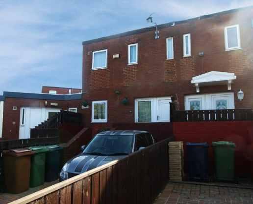 3 Bedrooms Terraced House for sale in Newstead Court, Washington, Tyne And Wear, NE38 7PE